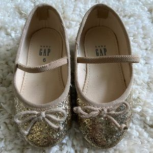 Gold Girls Shoes -Toddler size 6
